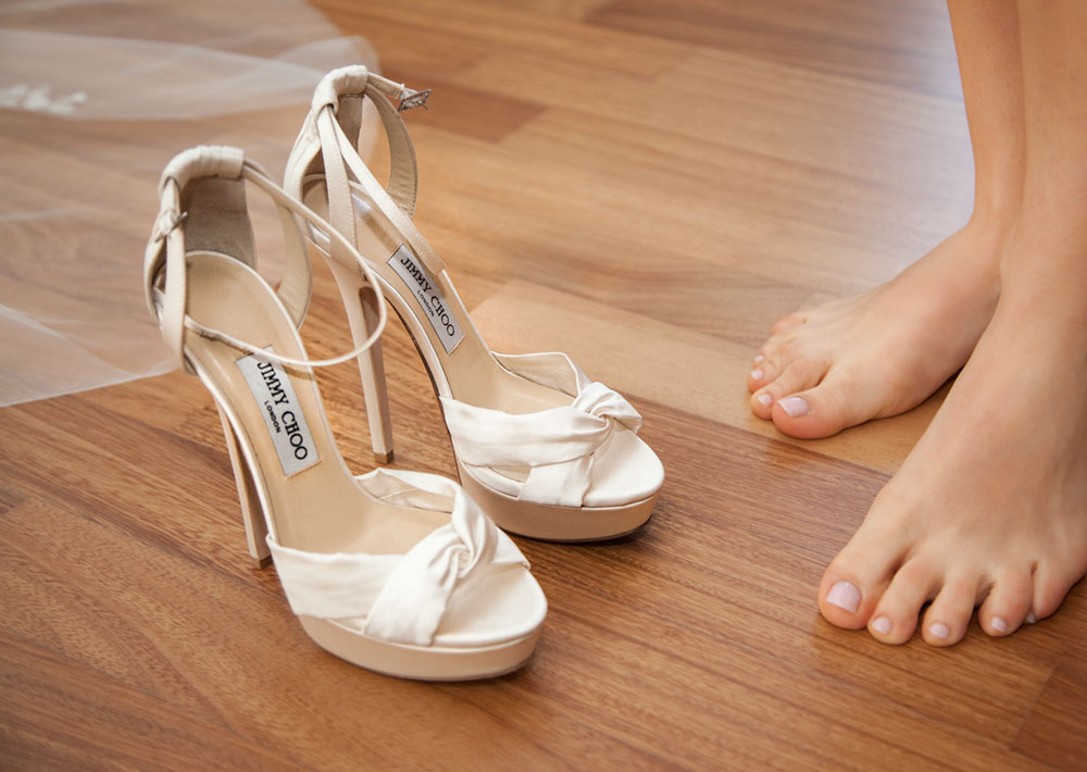 Jimmy-Choo-shoes-Focale-Wedding-photo-video-matrimonio